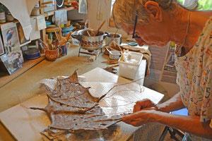 Linda Hamkens in ihrem Atelier in Reimersbude