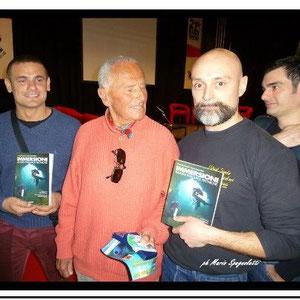 Due degli autori con Enzo Maiorca