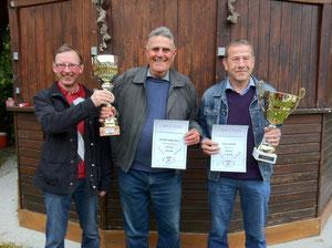 aus Weißenkirchen v.l.n.r. Ferner Karl, Unger Karl sen. und Geith Franz der auch die Einzelwertung gewann.