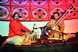 Sitar :subrata de,Tabla:saibal chatterjee