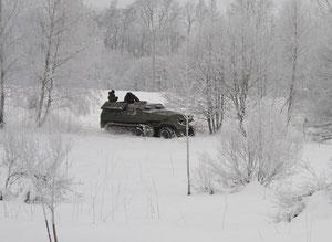 Fahrt im Winterwald