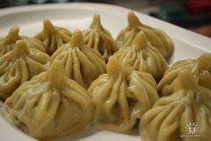 Chinkali ( Teigtaschen mit Fleischfüllung)