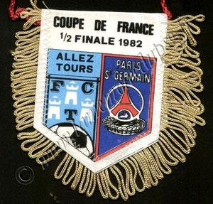 1982-05-11  Tours-PSG (Demi-Finale CF à Rennes)