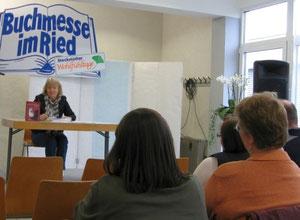 """Lesung auf der """"Buchmesse im Ried"""" in Stockstadt/Rhein"""