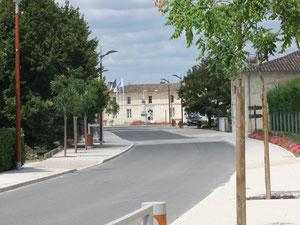 Mairie au bout de l'avenue de Verdun