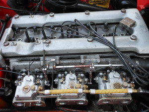 1966 ALFA 2600 ENGINE WITH WEBBER CARB CONVERSION. ENGINE COMPLETELY OVERHAULED AT REVOLUTION.