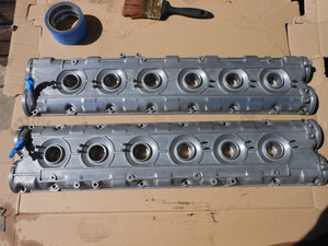 FERRARI VALVE COVERS STRIPPED AND READY FOR PAINT.