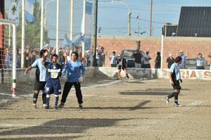 En el debut del argentino 2011
