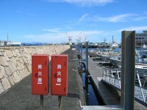 ここは侵入禁止区間です。イカがよく釣れたのですが