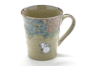 九谷焼通販 おしゃれなマグカップ マグ 白兎 色絵牡丹
