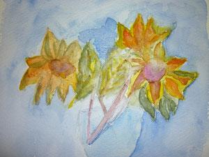 Sonnenblumen in Glasvase