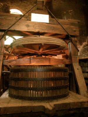 Chateau De La Chaize Press, Beaujolais