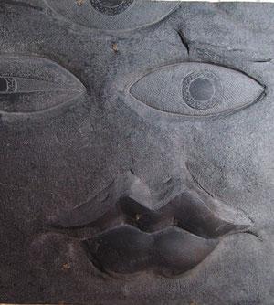 grabado en pizarra , talla en piedra