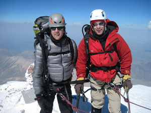 Stef Wolput and Sam Kisson on the Summit od Elbrus