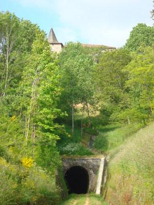 le tunnel des Nonières (à 10 minutes à pied du gîte)