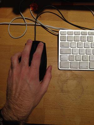 click con la mano izquierda