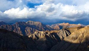 Hidden Himalaya - Trekking von Dolpo nach Mustang in Nepal