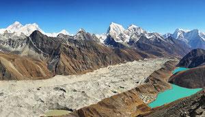 Einfache Trekkingreise zum Gokyo Ri mit Ausblick auf den Mount Everest