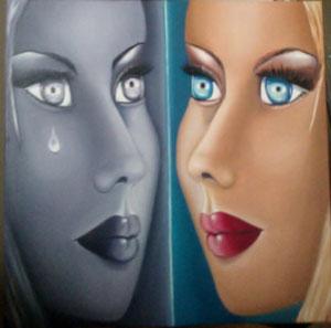 un visage, un miroir, le reflet, pas tout à fait identique