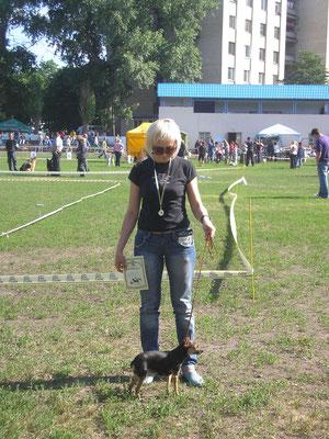 Выставка собак Кировоград 2012-у Ассоль оценка ОТЛИЧНО!!!