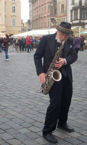 Straßenmusikant in Prag