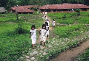 Die Schule in Domingueka: 200 Kinder lernen hier bis zur Reifeprüfung.