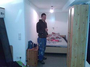 Endlich ein Bett mit Matratze zum schlafen, das gabs für Carsten lange nicht mehr