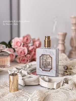 ポーセラーツ教室大阪 WEB掲載 ガラスの香水瓶