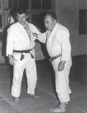 les maitres MOCHIZUKI Minoru et  Roland HERNAEZ