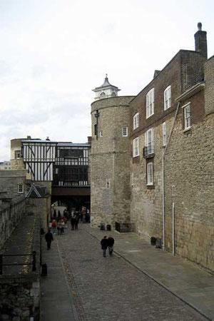 Water Lane et Bell Tower
