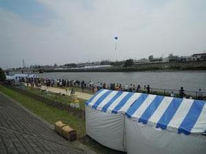 当日は良い天気(夏日)に恵まれ   江戸桜太鼓・寿太鼓の2団体が参加してくれました。
