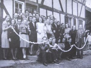 Pfingsteiersingen Gründungsjahr 1946, damals Gaststätte Westerhausen (heute Hotel Steffens)