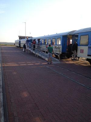 täglich auf die Insel - mit der Fähre ab Harlesiel nach Wangerooge