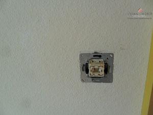 Lichtschalter u. Steckdosenabdeckungen habe ich entfernt.