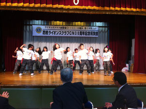 鷹栖町のストリートダンスチーム「IZATAKA」のダンス