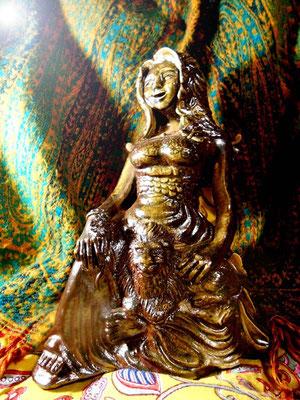 炎と楽園のアート 楽園の女神 彫塑 立花雪YukiTachibana