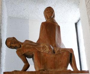 Pietà (1962) von Hans Pontiller