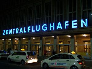 Haupteingang Flughafen Tempelhof