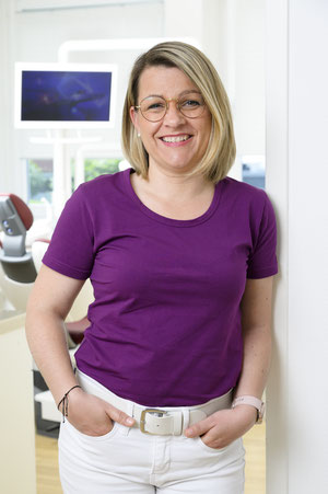Zahnarzt Bramfeld Zahnarzthelferin Nicole Giebner