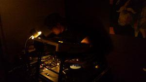 DJ Shiba(DUCKI'N  DONUTS)