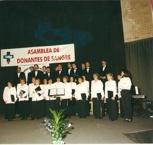 CONCIERTO DE LA ASAMBLEA GENERAL DE DONANTES DE SANGRE . 1999. DIRECTORA, CONCHA GARCIA ECHEVERRIA