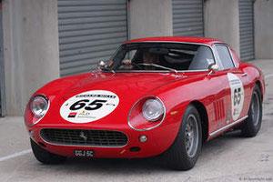 voiture participant à Le Mans Classique