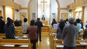礼拝中の賛美