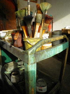 Oxydes et nitrates utilisés pour réaliser les patines des sculptures