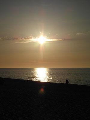 Zachody i wschody słońca w Ustce są jednymi z największych atrakcji dla wynajmujących noclegi Ustka.