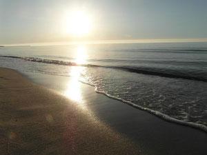 Gra kolorów zachodzącego słońca w Ustce.