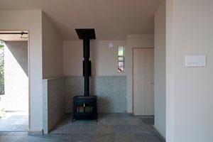 バーモントキャスティングスのアンコールの薪ストーブ設置例