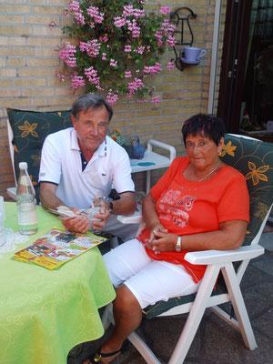 Ursula & Jürgen Wettklo.