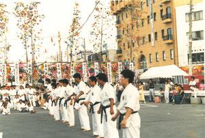 七夕祭りでの師範による演武前の整列