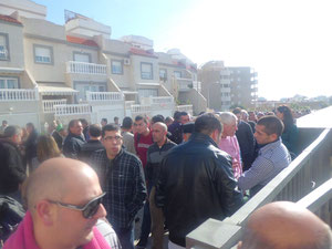 Impresionante cola mundial 2012 Almeria